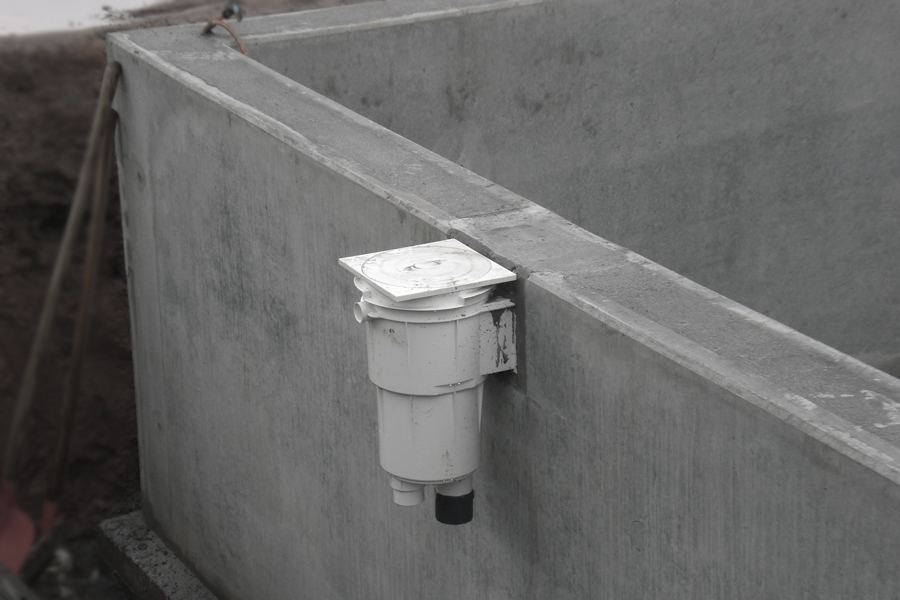 Schwimmbecken Aussenbereich ( Filteranlage)