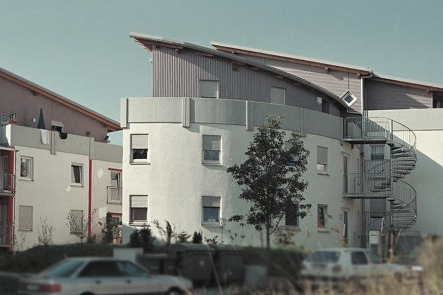 Mehrfamilienhaus in Rottenburg - runder Gebäudeabschluss